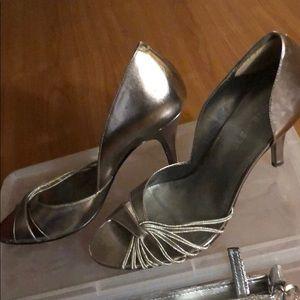 BCBG Bronzy/Silver Pumps Heels with Wrist Clutch
